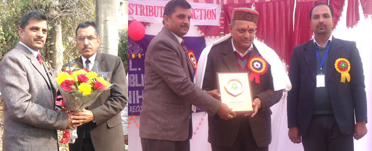 Deputy Director Higher Education Solan and DC Solan With President and Principle Solan