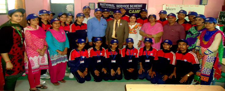 Nss Troop with Commanding Officer Shimla